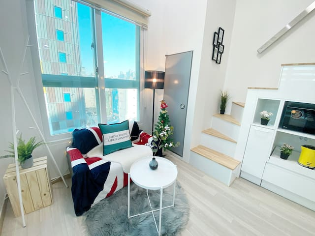 [Long rent]Disinfection/New loft/1min Ewha station