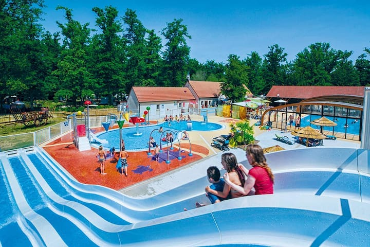 CAMPING 5 étoiles MH 2 CHAMBRES  BEAUVAL CHAMBORD