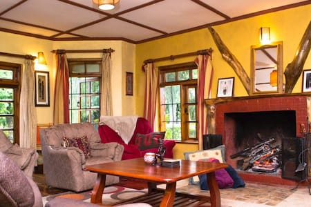 Cozy 4 bedroom rental in the Mount Kenya region