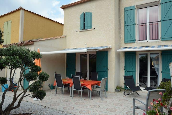 Villa 80 m2 pour 6 personnes, à 300 m de la plage - Narbonne - Huis