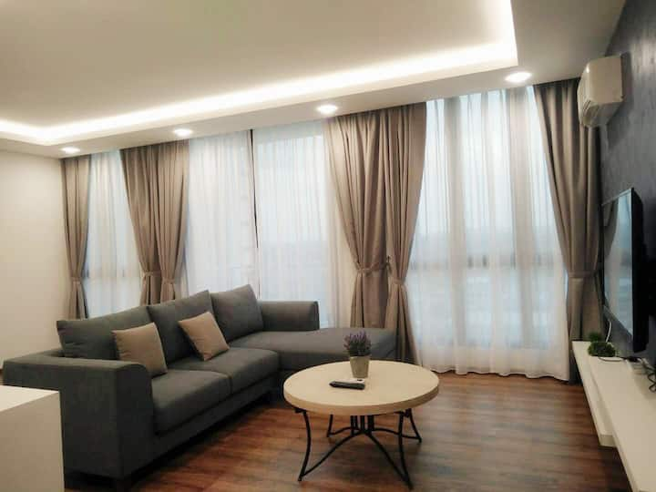 Sweet Home Viva City Megamall Jazz Suites (corner)
