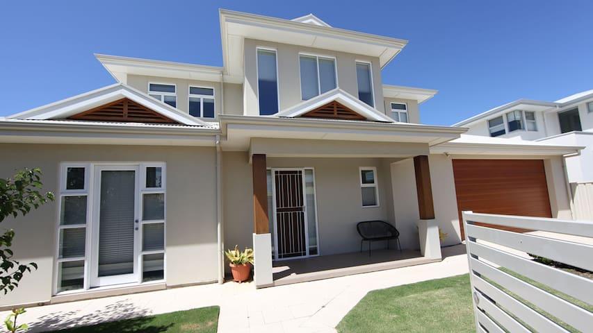 GLENELG LUXURY - Glenelg - Casa