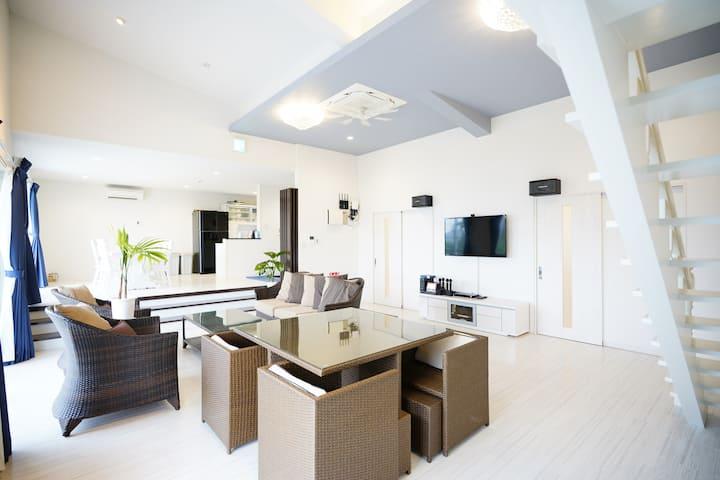 【アトリエココ】ジャグジー・カラオケ完備!明るく開放感のある一軒家★壮大な大自然に囲まれた癒しの場所