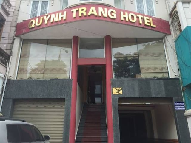 Quynh Trang Hotel - Cheap and Comfortable stay