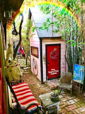 Tracy's TeenyTiny Castle* Feel Enchanted&Magical