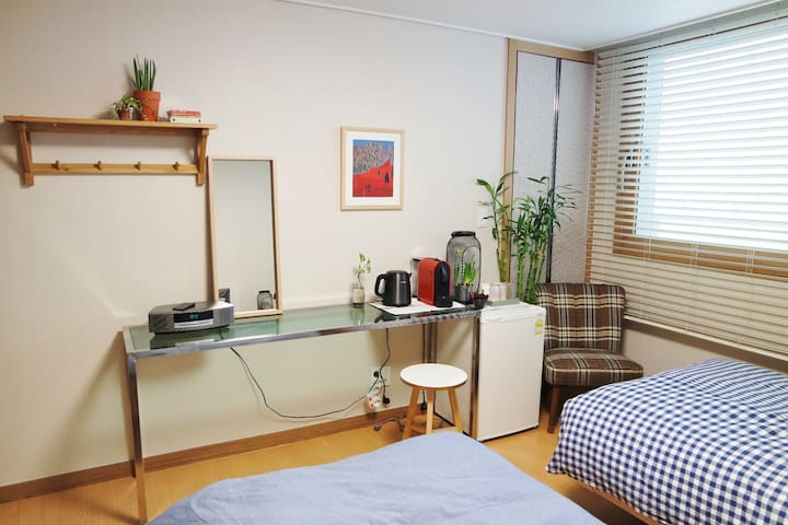 * OPEN SALE! * Cozy & Stylish Room Center of Seoul - Jung-gu - Daire