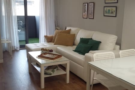 New  Apartment with pool in Granada, 4 people
