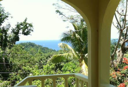 Ocean View Villa - Fairy Hill - Ev
