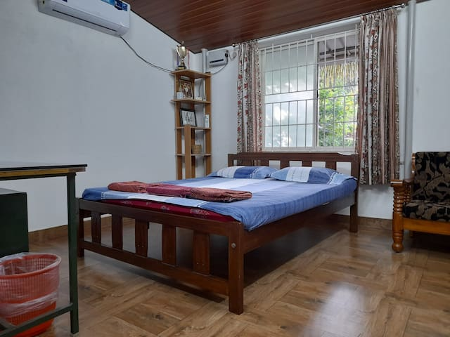 Bed Room with work desk