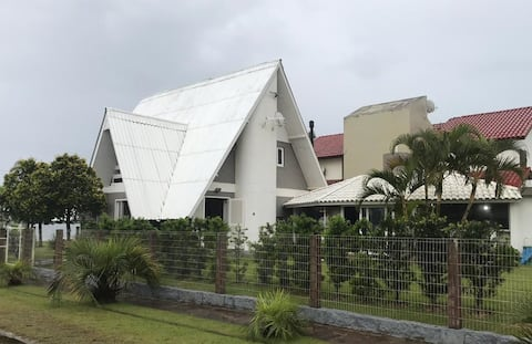 Casa na Beira da Lagoa