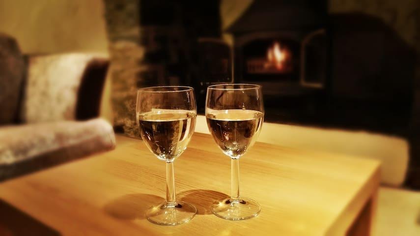 Yr Efail Swynol - The Enchanted Forge, Snowdonia - Bethesda