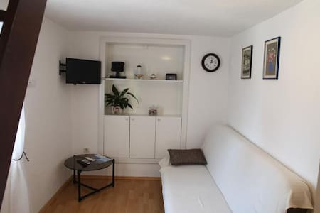 Apartments More / One bedroom A1 - Kastel Gomilica
