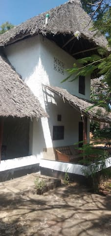Diani cottages Banda
