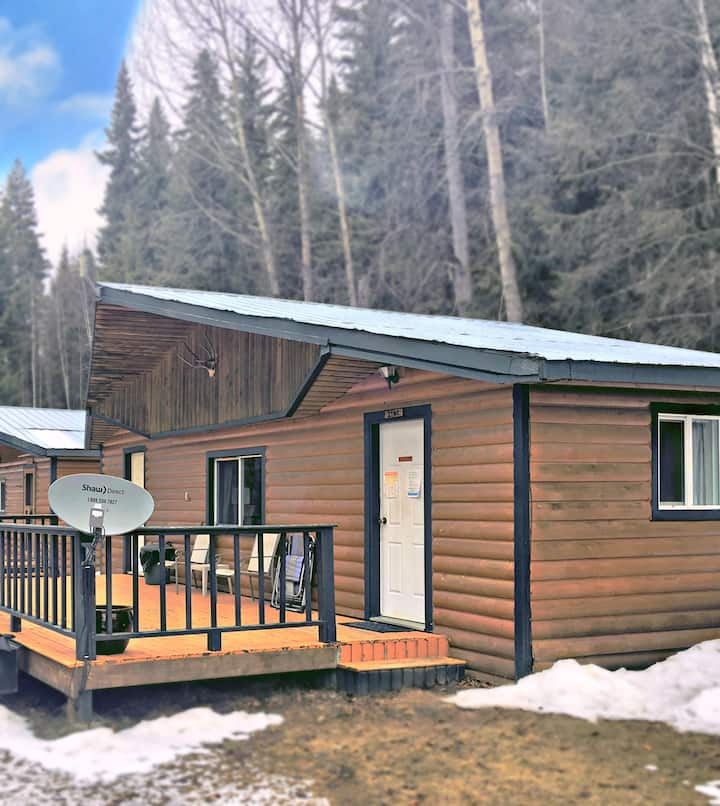 The Lynx Cabin  - Big deck & view  of Quesnel Lake