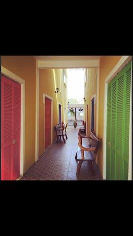 La Casona Hostal - Shared room for woman