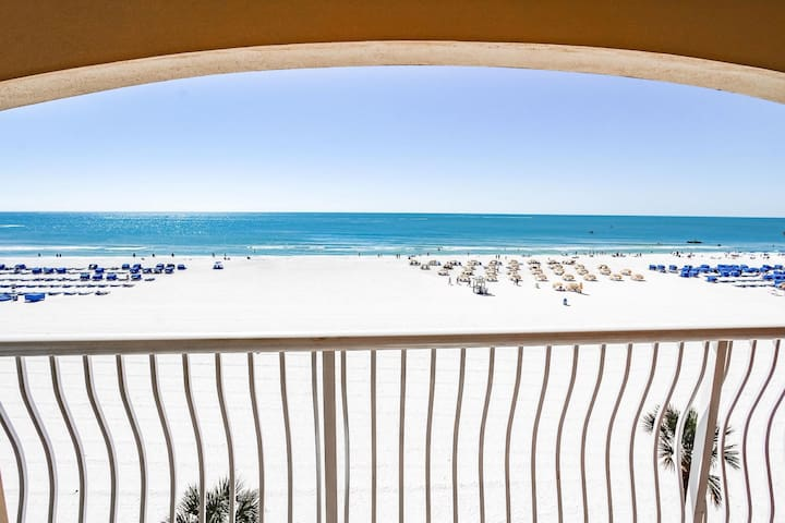 One Bedroom Luxury Condo, St. Petes Beach, FL (A730)