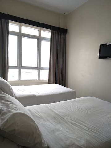 Standard Room for 2 pax @ 1st World