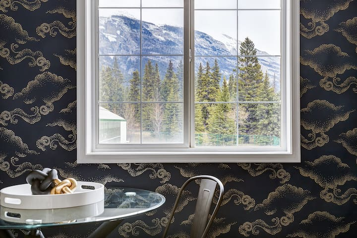 ❤The Perfect Getaway for Exploring Canmore &Banff❤