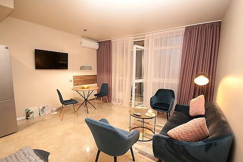 Designer apartment(1), 53 Predslavynska street