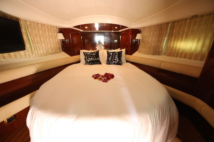 Experience Elly, Private Yacht For Rent - Masai - Barco