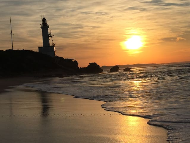 Lighthouse Retreat, Point Lonsdale