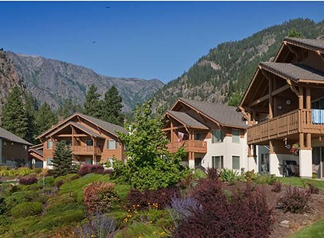 2Bdm Leavenworth 5Star Resort