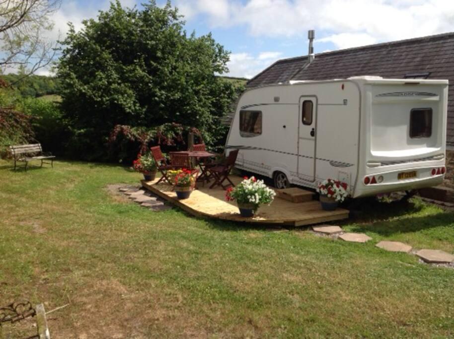 A Beautifully Quiet Amp Unique Caravan Experience En