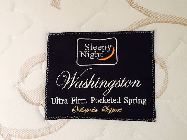 High Quality Ultra Firm Pocketed Spring Mattess.