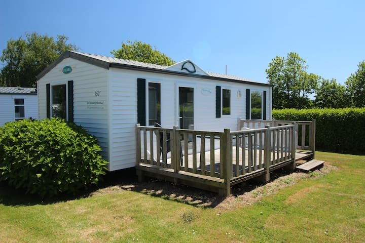3 Bedroom Mobile Home on 5 Star Camp Site - Landudec - Andre