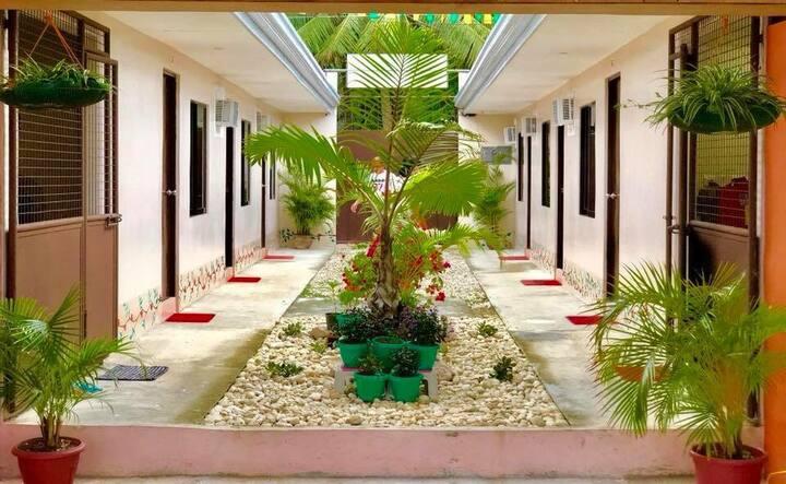 Amit Hostel (Room 2-2)