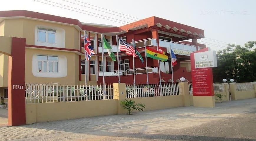 Golden Key Hotel - Accra - Bed & Breakfast