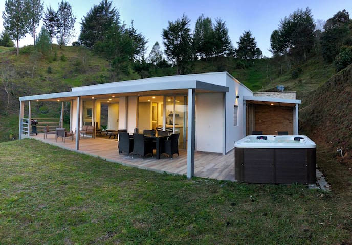★ Villa + Glamping ★ Jacuzzi + BBQ ★ 50% OFF MES