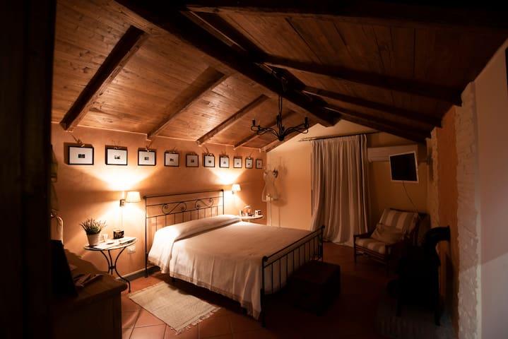 Casa Romantica nel borgo antico di Tuscania