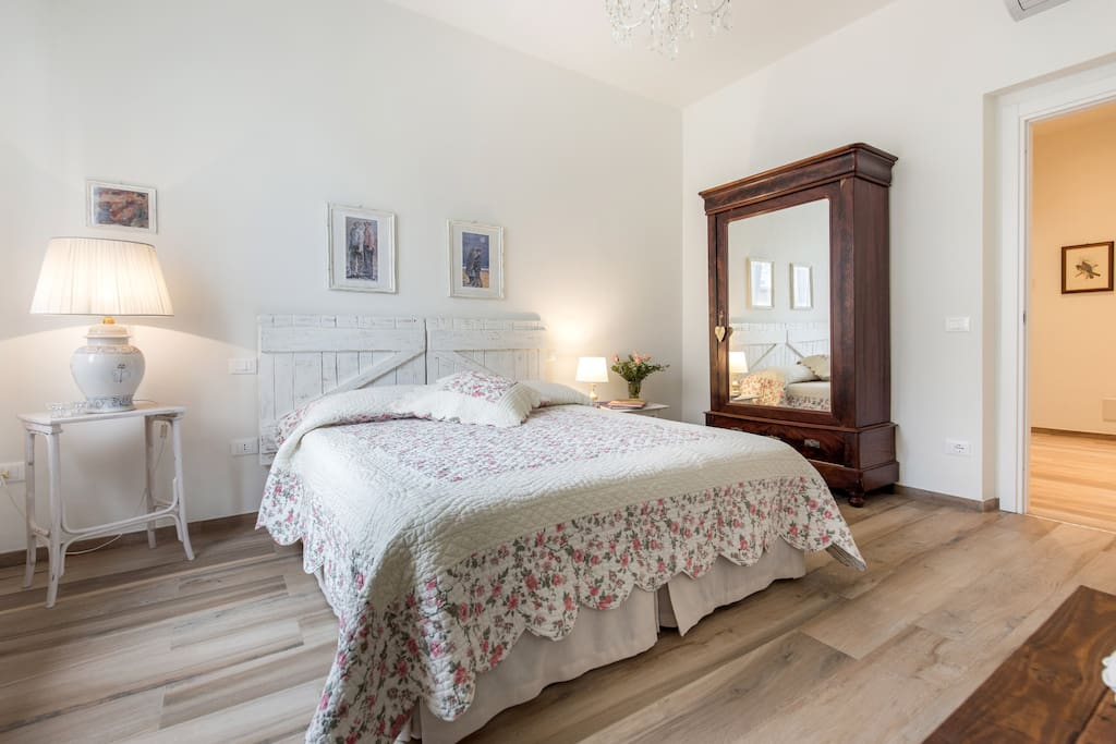 prima camera con letto singolo aggiunto