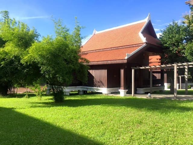 Nam Ou Riverside Resort - Villa