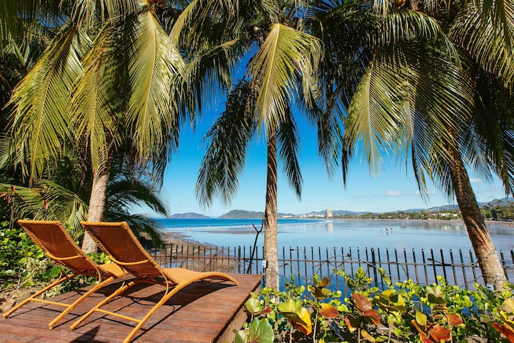 South Beach Paradise Direct Oceanfront Jaco Beach!