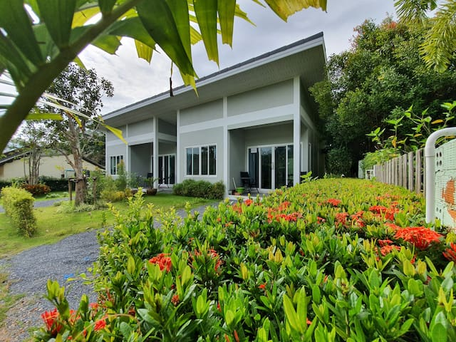 Ao Nang Modern House, 2 Bedrooms (B)