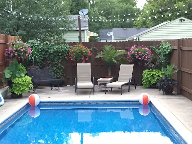 Perfect Indy 500 Get-Away....with private pool - Noblesville - Talo