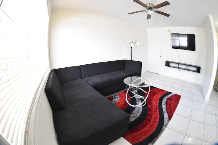 cozy apartment in Miami Wynwood! Near everything.