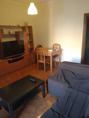 Fantástica habitación bien ubicada Fantastic room!