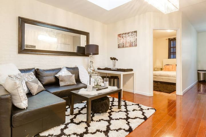 Gorgeous 3BR Penthouse Murray Hill