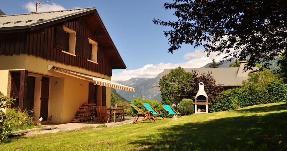 Chalet Les Grands Peres, 5 bedrooms, Les Houches - Les Houches - Cabaña
