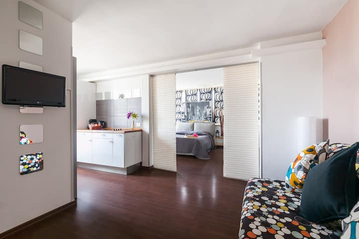 Sunny Rooftop Apartement in Rome