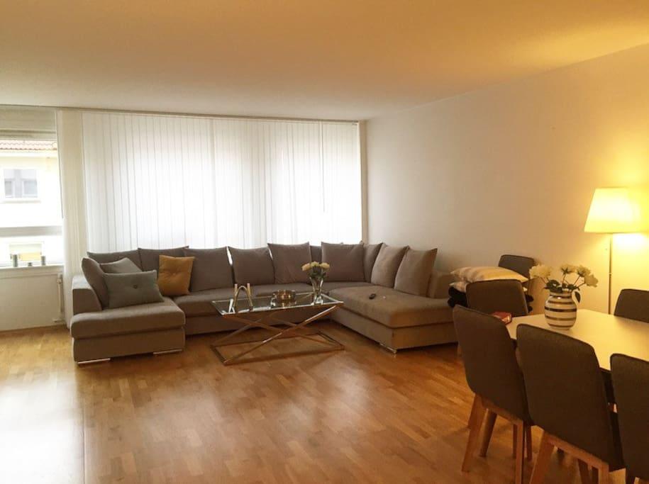 Nice city apartmet / big living room own bedroom ...