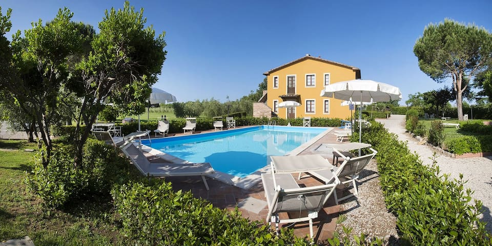 apartment for 2+2 persons in Donoratico R81403