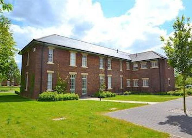 Grade II Listed Apartment - Bicester - อพาร์ทเมนท์