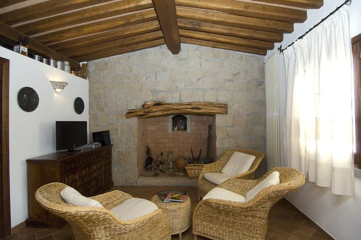 Li paduleddi, bed and breakfast tra mare e collina - Olbia - Bed & Breakfast