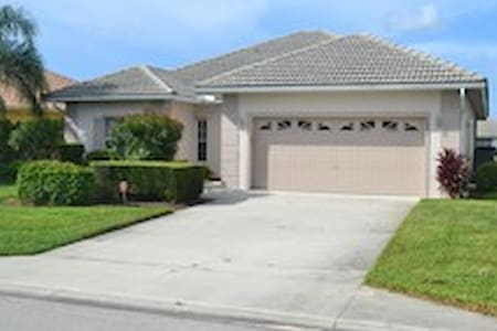 Lely Golf Resort house with private pool!