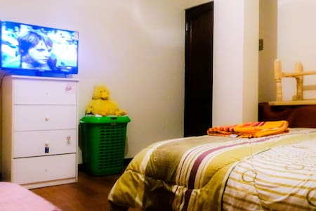 comfortable room with wifi, tv near the cable car