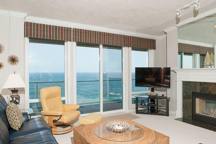 Top Floor Oceanfront Condo - Depoe Bay - Byt